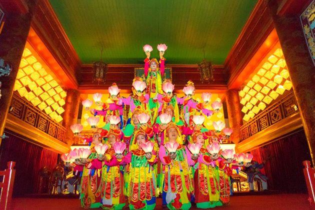 traditional dance in nha nhac hue royal court music