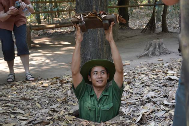 Discover the tunnels of Cu Chi in saigon