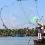 See the local casting fishing net in Hoi An