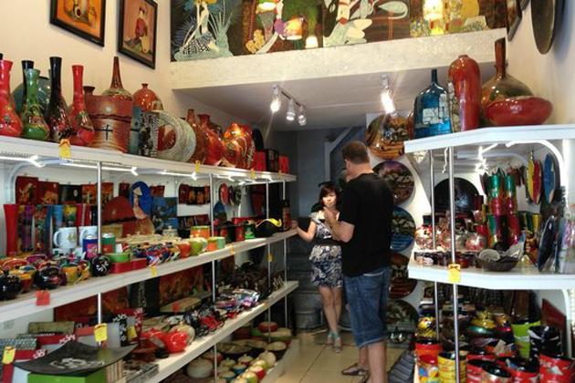Vietcraft souvenir shop