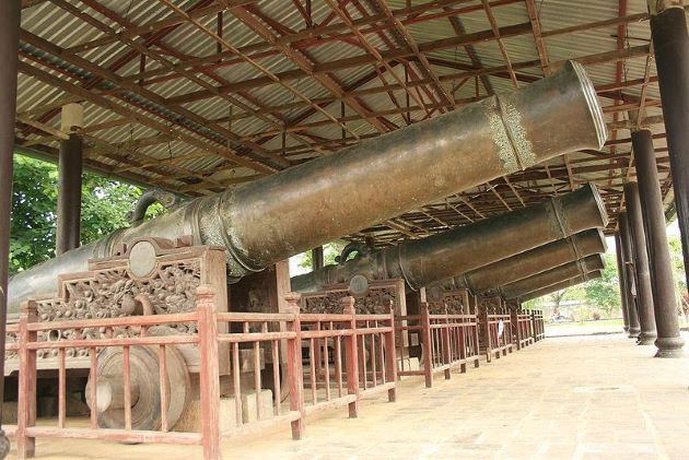 canon in hue imperial city