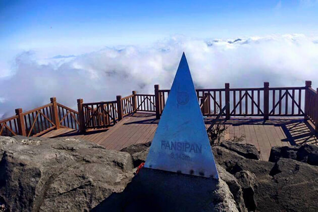conquer mount fansipan in sapa