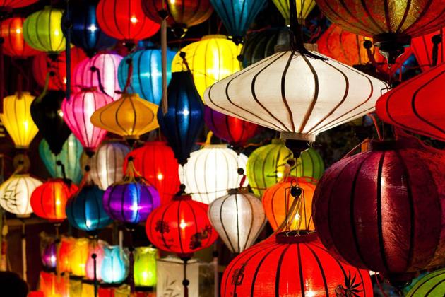 Sedge Ware Workshop lantern shop in hoi an
