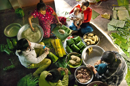 tet holiday vietnamese new year festival vietnam vacation. Black Bedroom Furniture Sets. Home Design Ideas