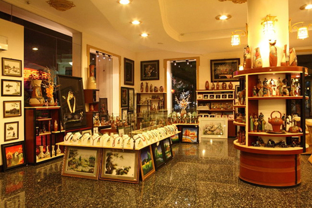 Top 10 Souvenir Shops in Hue