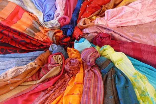 hue fashion stores