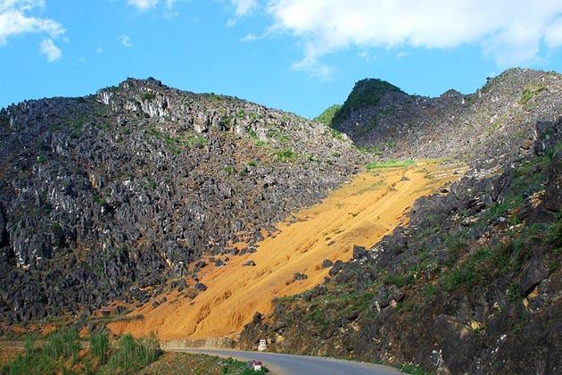 Dong Van Rock Plateau