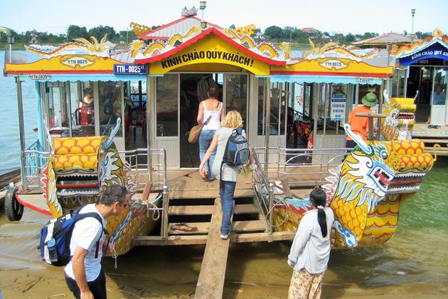 Dragon Boat Trip in Hue