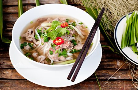 Amazing Foods That Vietnamese People Have For Breakfast