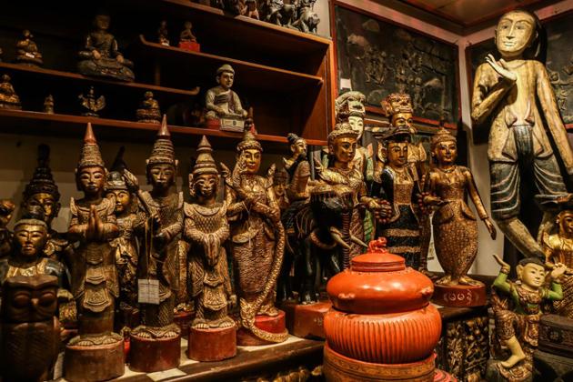 Laos Antiques