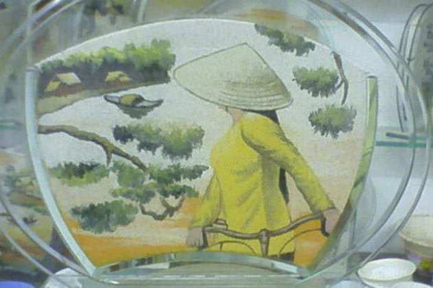 sand-paintings-vietnam vietnam souvenirs