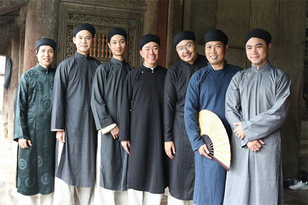 vietnam traditional dress for male