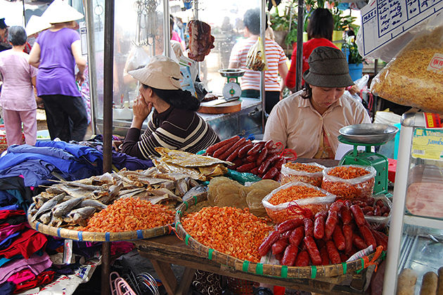 markets in ho chi minh city_opt