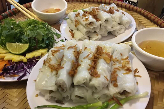 steamed rice roll in hanoi vietnam itinerary 2 weeks