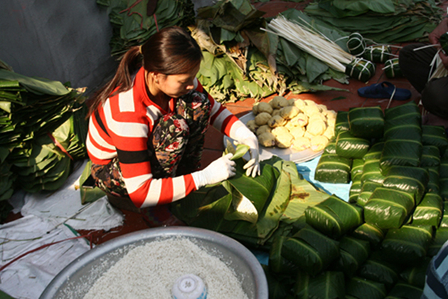 Tranh Khuc Chung Cake Village