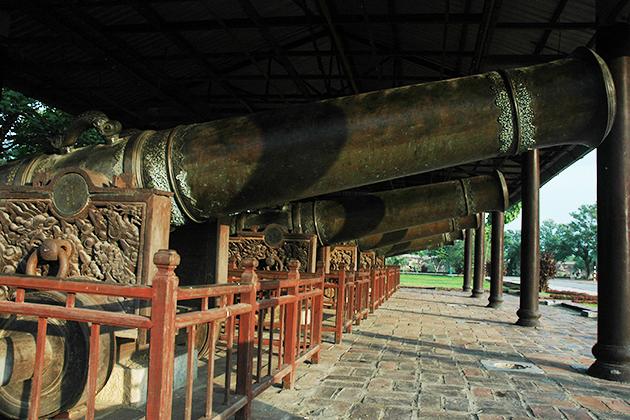 hue citadel vietnam tour package in 3 weeks