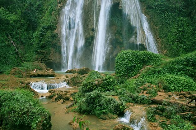 Dat Taw Gyaint Fall Mandalay
