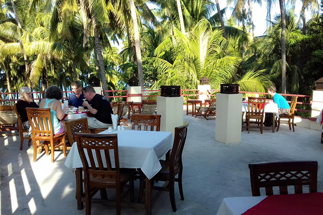 Desert-Island Restaurant Ngapali