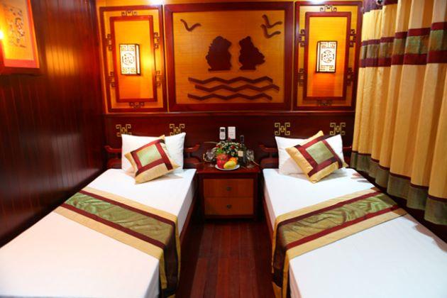 a cabin inside hanoi night train to sapa
