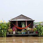 floating house in tonle sap lake