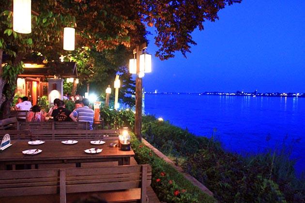 Kong View restaurant in Vientiane