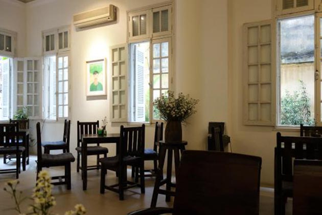 Manzi Cafe in Hanoi