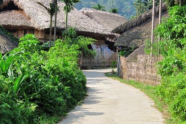 nam-dam-village-in-hagiang