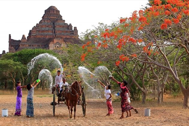 Myanmar Thingyan New Year Festival