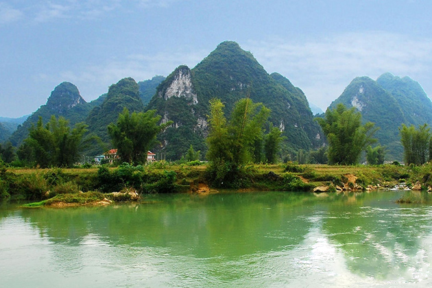 scenic view near nguom ngao cave cao bang