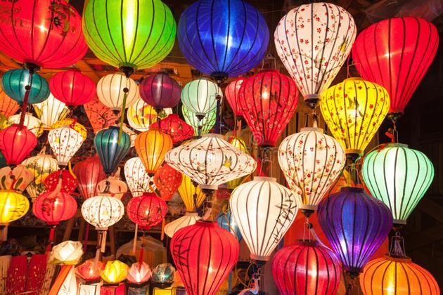 silk lantern in hoi an