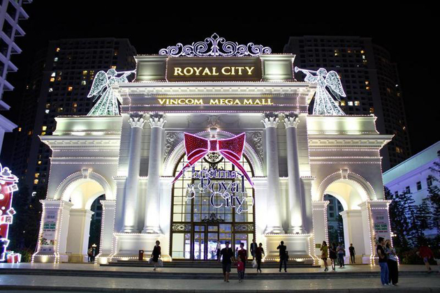 vincom mega mall royal city hanoi shopping mall