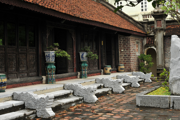 architecture of thanh chuong viet palace