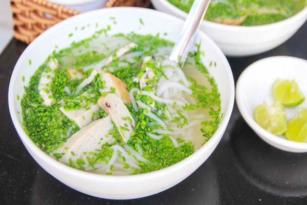 banh canh he vietnamese noodle with chives vietnam food