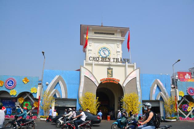 ben thanh market ho chi minh city tour