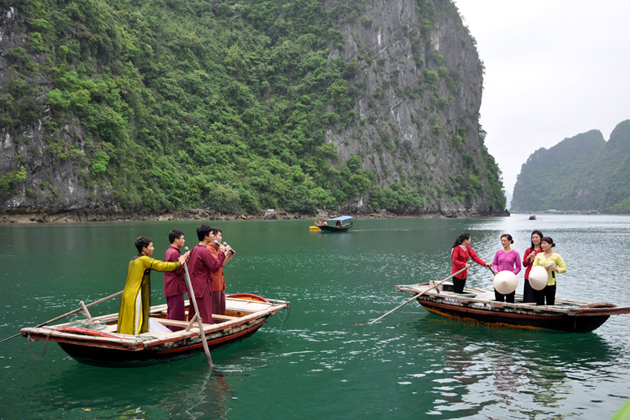 culture in halong bay