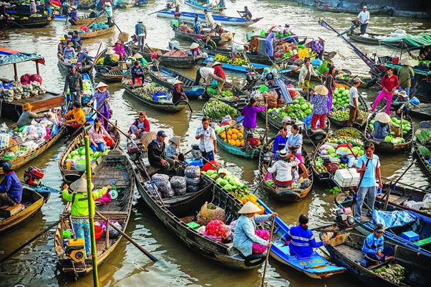 floating market mekong delta tour
