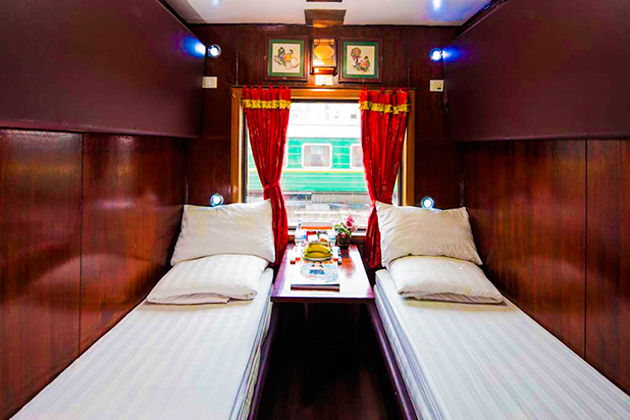 orient express train hanoi sapa night train