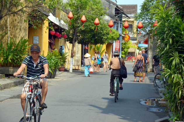 people in hoi an