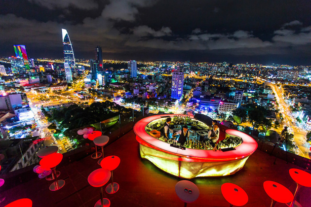 rooftop bar ho chi minh city tour