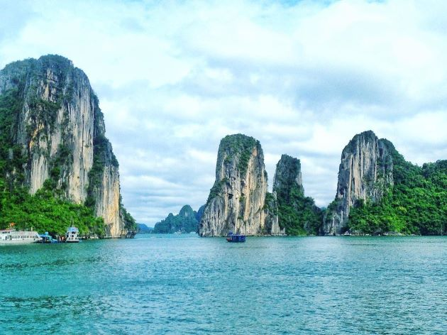 discover the magic bay at halong