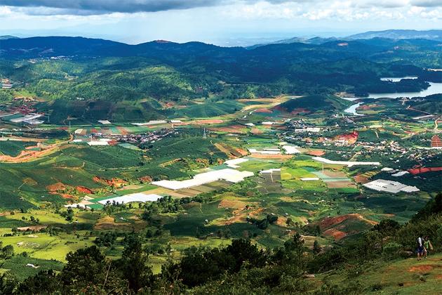 langbiang mountain dalat tours