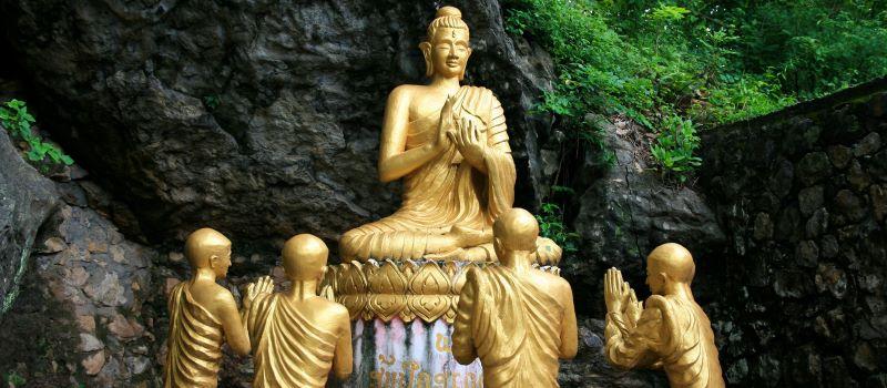 mount phousi in luang prabang laos