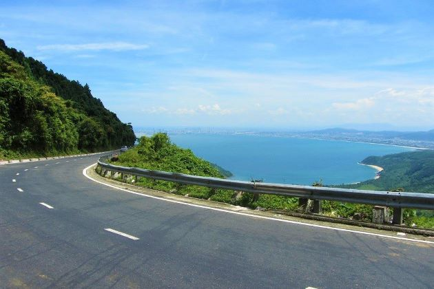the stunning hai van pass connecting danang and hue