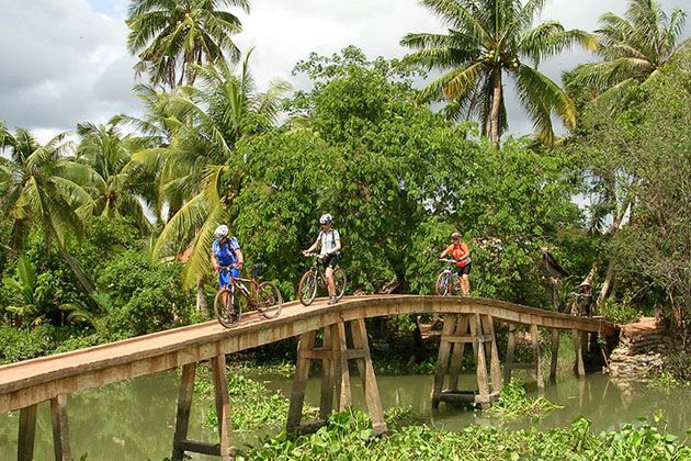 Biking trip in An Binh Mekong Delta