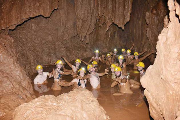 dark cave quang binh tours