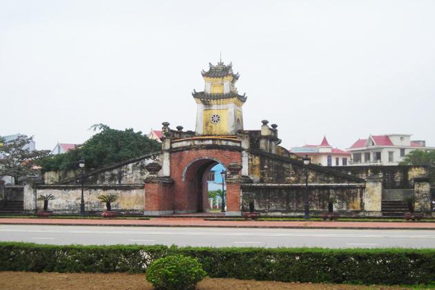 dong hoi city quang binh tours