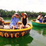 interesting basket boat experience in hoi an
