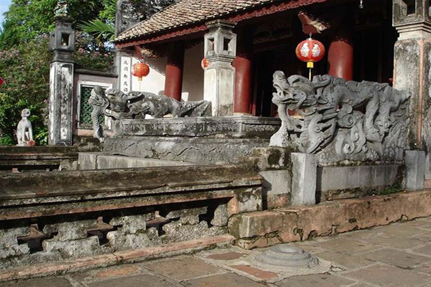 King Dinh temple hoa lu ancient capital