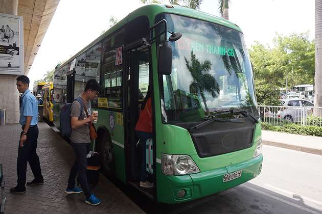 bus 152 Trung Son Residential Zone to tan son nhat international airport