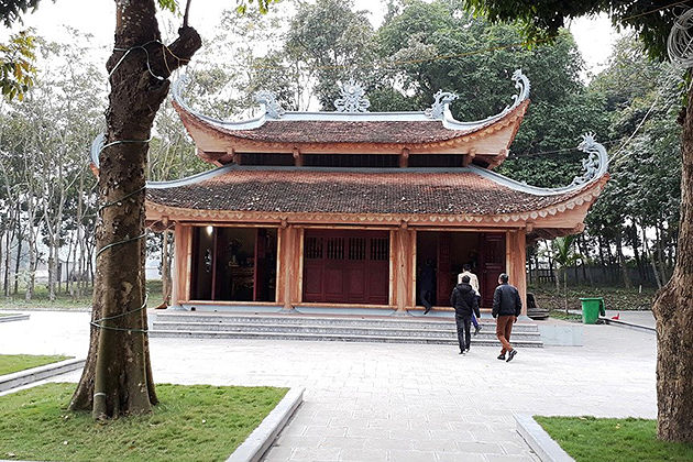 dong cuong temple yen bai vietnam